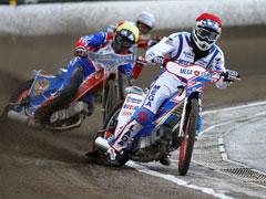 Вчера в Тольятти состоялось открытие летнего сезона 2011 года по гаревому спидвею   CityTraffic