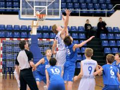 Тольяттинская команда пробилась всуперфинал Европейской юношеской баскетбольной лиги
