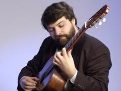 Тольяттинская филармония приглашает послушать гитару от барокко до современности