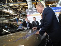 В среду премьер-министр Владимир Путин посетил Тольятти и запустил на АВТОВАЗе новую производственную линию | CityTraffic