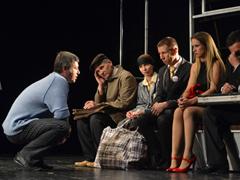 Спектакль «Life-Life» Молодёжного драматического театра удостоен Диплома вноминации «Лучшая сценография»