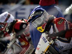 В Тольятти стартовал сезон по мотогонкам на льду