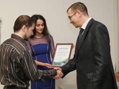 Тольяттикаучук вручил именные стипендии игранты имени Николая Абрамова