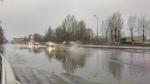 Дороги Тольятти заливает на полколеса (видео) | CityTraffic