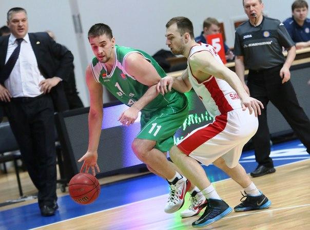 Тольяттинские баскетболисты сыграли три матча вКазани против УНИКСа