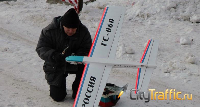 В тольяттинское небо взлетели самолеты врайоне ДДЮТ (видео)