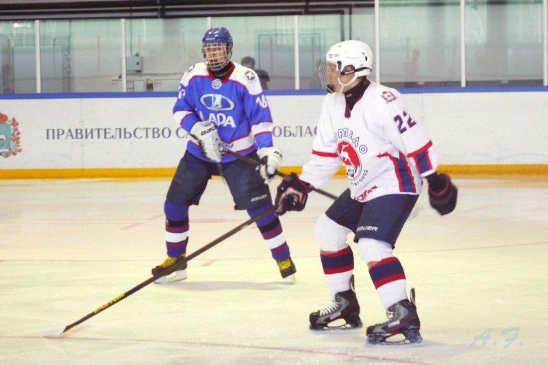 Еще одна тольяттинская хоккейная команда завершила сезон