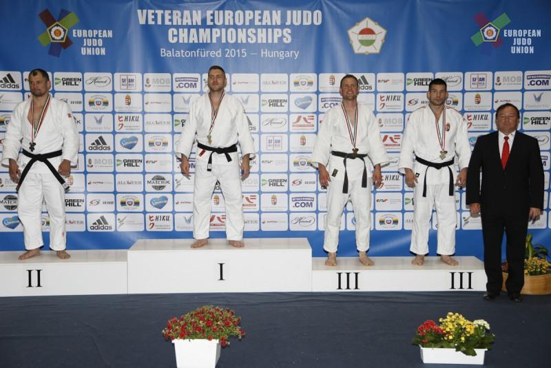 Тольяттинец Андрей Салмин выиграл серебро чемпионата Европы