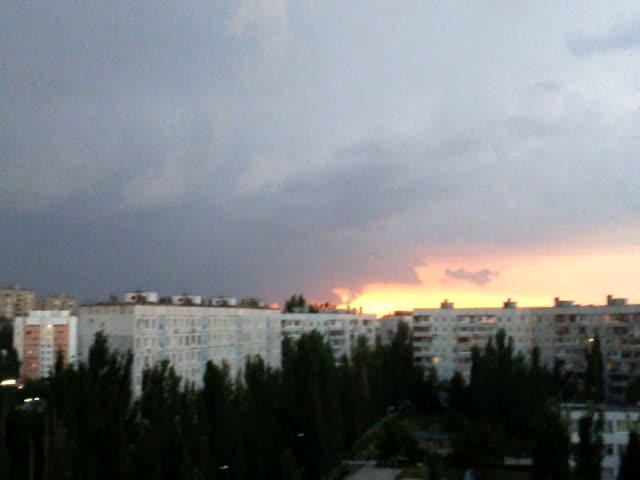 Гроза приведет погоду вСамарской области кнорме