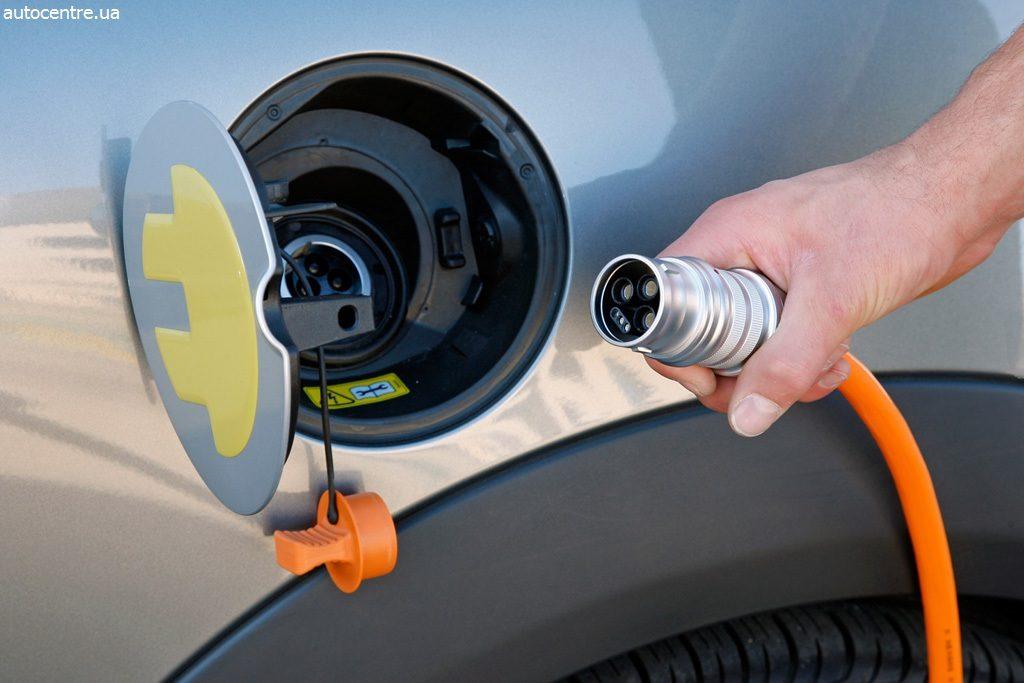 Российские автозаправки получили право заряжать электромобили | CityTraffic