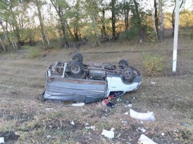 Под Самарой грузовик сбил ГАЗель, водитель фургона вбольнице