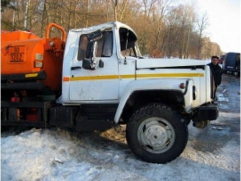 Водитель, сливший серную кислоту вСамарской области, причинил ущерб природе на 1,6 млн рублей