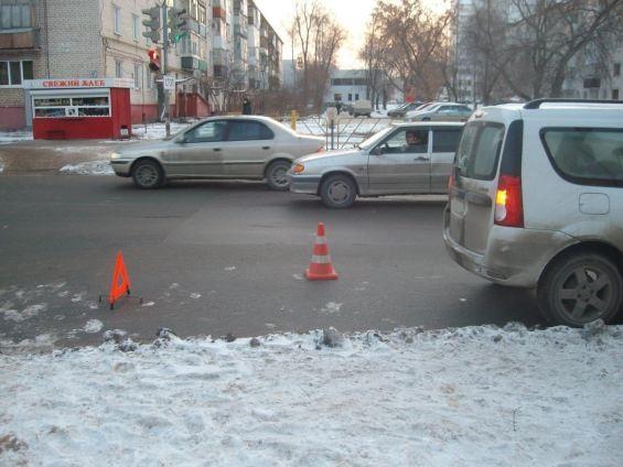 """В Тольятти """"Ларгус"""" сбил 13-летнюю девочку на пешеходном переходе"""