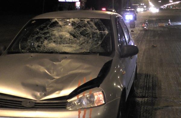 """В Тольятти """"Калина"""" сбила троих пешеходов, ребенок погиб, родители вбольнице"""