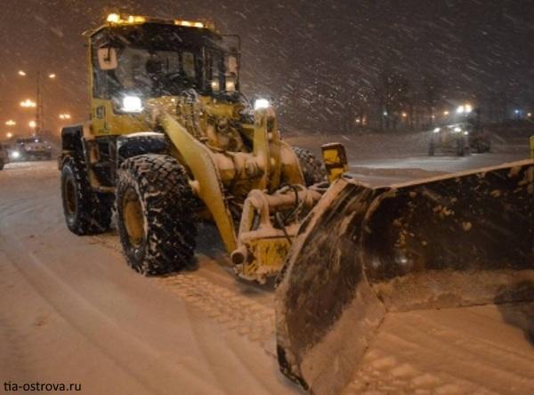 Техника вСамаре готова расчищать снег всюночь