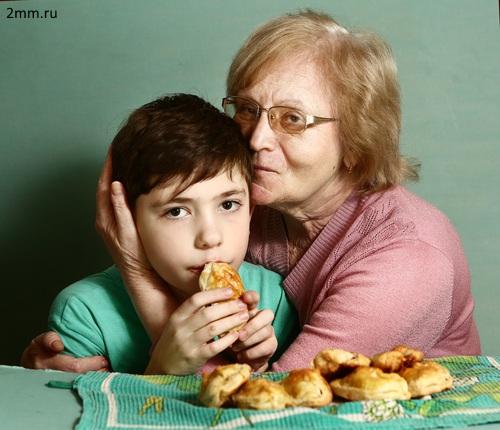 НИУ ВШЭ: Бабушки мешают мамам воспитывать своих детей
