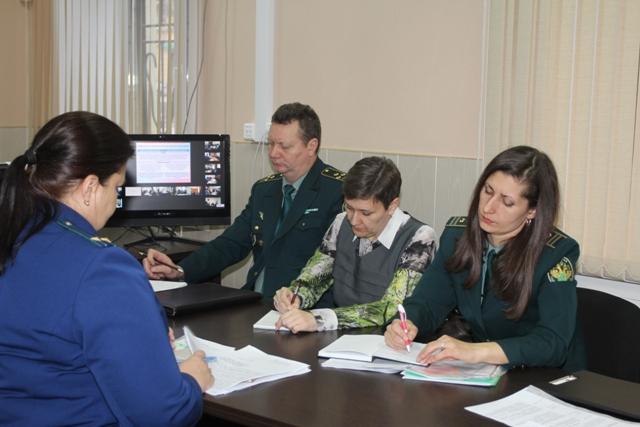 Валюту из Самарской области стали выводить по более изощренным схемам