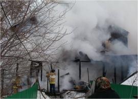 В Самаре 29 пожарных тушили баню на 9‑й просеке