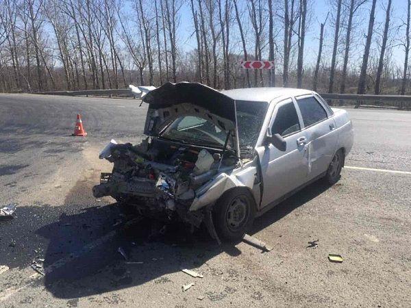 В аварии под Самарой на трассе М‑5 один человек погиб, четверо пострадали