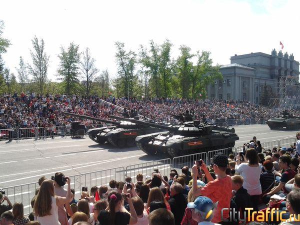 В Самаре прошел Парад Победы в честь 72-й годовщины Победы в Великой Отечественной войне | CityTraffic