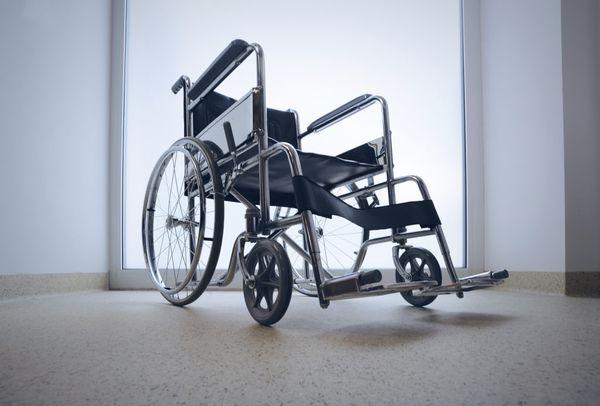 В Самарской области предприниматель устраивал на работу инвалидов-призраков иприсваивал выделенные на их зарплаты деньги