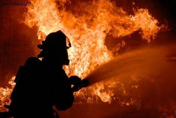 В Тольятти из-за замыкания сгорела BMW