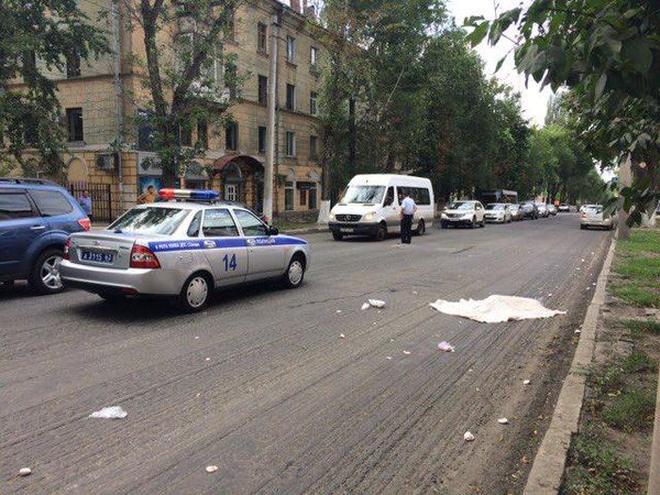 В Самаре под колесами погибла девочка