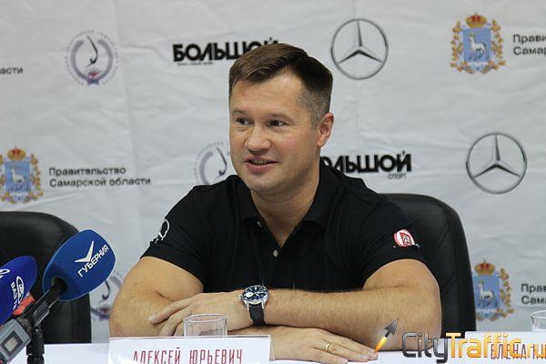 Четырехкратный Олимпийский чемпион Алексей Немов провел вТольятти мастер-класс по спортивной гимнастике