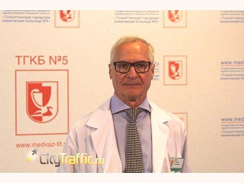 Николай Ренц: Мы не смогли найти денег на детскую больницу, ана себя, любимых, находим