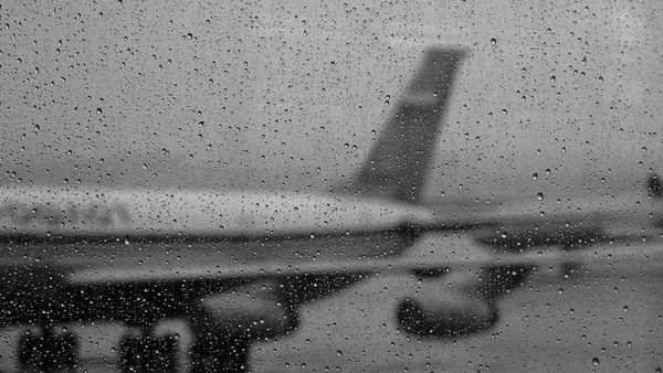 Из-за непогоды ваэропорт Курумоч задерживается прибытие более 30 рейсов иотправление из него более 20 рейсов