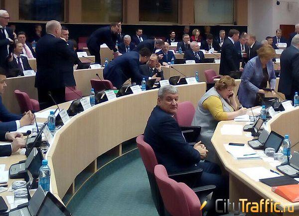 Депутаты Самарской губернской думы пожаловались главе минтранса на узкие выезды сЛуначарского