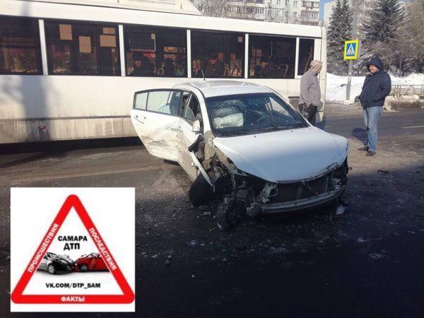 Водитель, протаранивший в Самаре 5 машин, потерял управление автомобилем после первого столкновения | CityTraffic