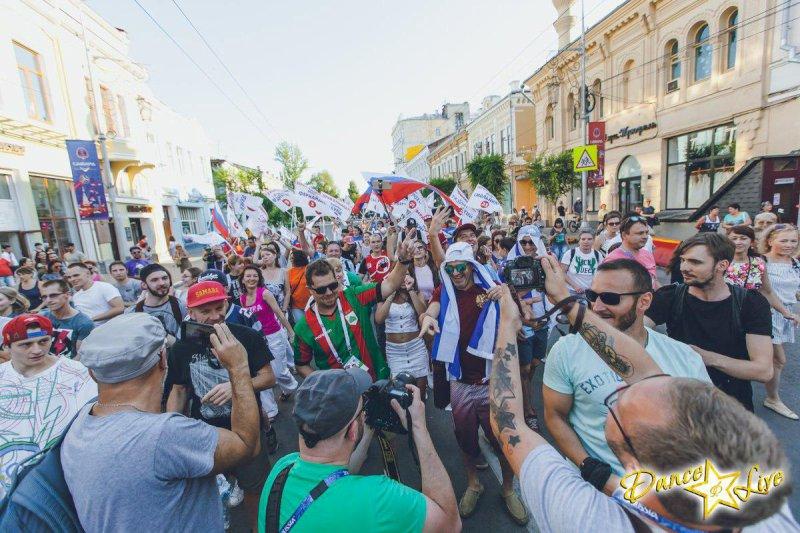 В Самаре перед матчем Бразилия-Мексика по улице Куйбышева состоится карнавальное шествие