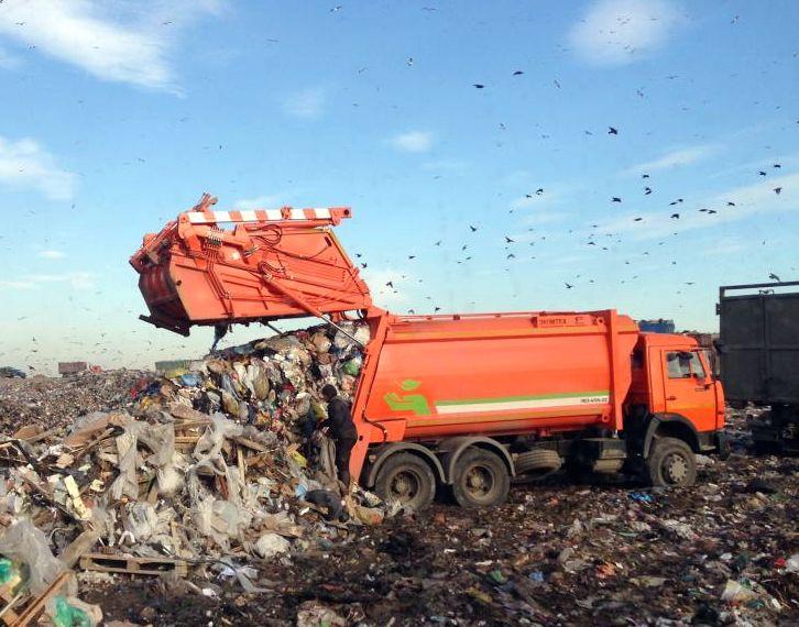 В Самаре на дороги внутри дворов, бордюры и газоны потратят почти 6 млн рублей | CityTraffic