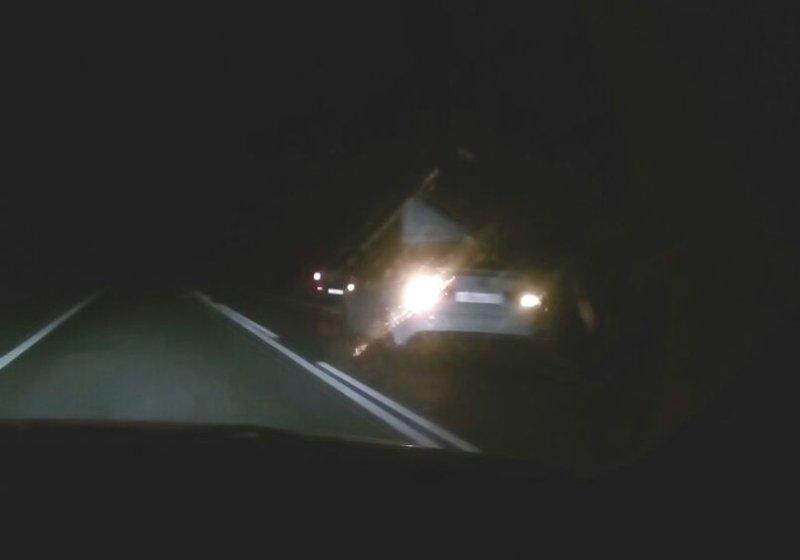 На заправках трассы М-5 в Самарской области полиция проводит ликбез о возможности получения госуслуг | CityTraffic
