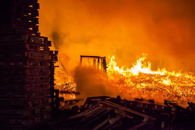 Трое маленьких детей погибли ночью на пожаре в Самарской области | CityTraffic