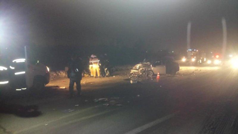 Под Самарой при встречном столкновении автомобилей один человек погиб итрое пострадали