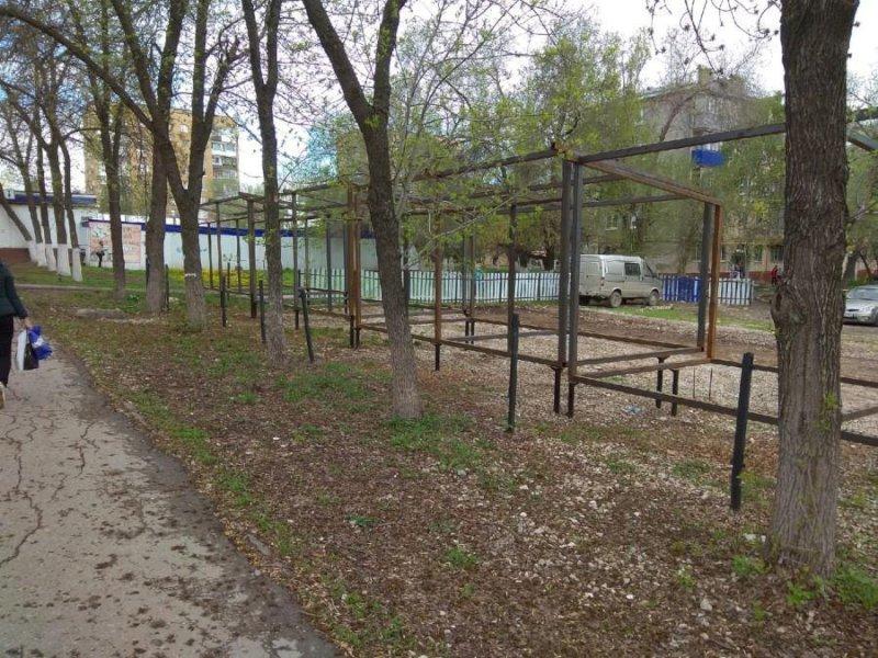 """В Самаре снесут металлические конструкции под торговые ряды уавтостанции """"Аврора"""""""
