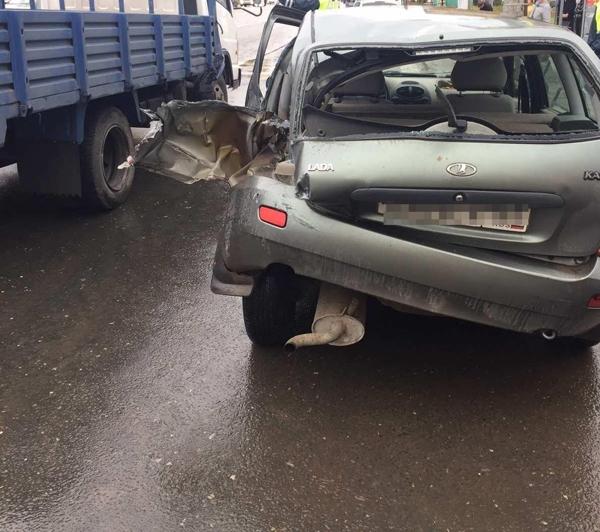 Подросток из Самарской области угнал автомобиль, пока его хозяйка сидела в кафе | CityTraffic