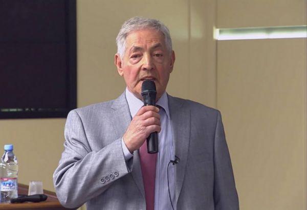 В Самаре скончался профессор и бывший министр образования области Ефим Коган | CityTraffic