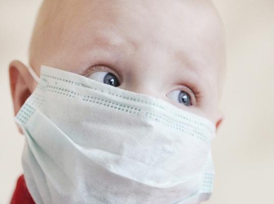 Мама больной раком 5-летней девочки из Самары требует, чтобы правительство РФ оплачивало лечение детей за границей | CityTraffic
