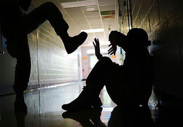 Россияне предлагают отправлять на домашнее обучение школьников с психологическими проблемами | CityTraffic