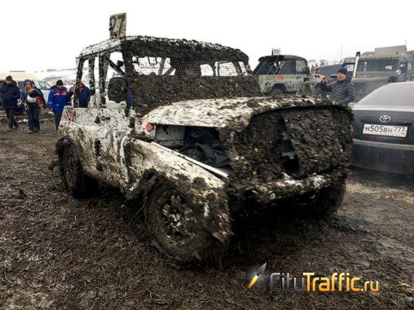 Волжанам не удалось победить вгонке на автомобилях УАЗ