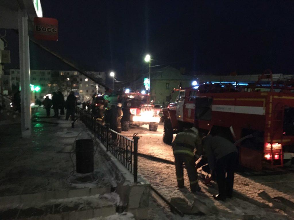 """В Самарской области горел торговый центр """"Клеопатра"""": видео   CityTraffic"""