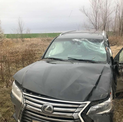 """В Самарской области на трассе опрокинулся внедорожник """"Лексус"""", водитель попал в больницу   CityTraffic"""
