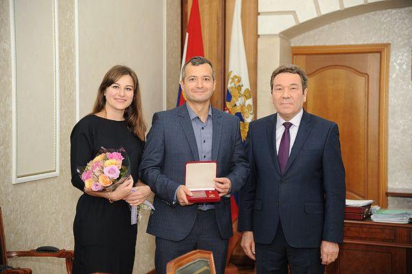 Герой России лётчик Дамир Юсупов подарил землякам из Сызрани самолет | CityTraffic