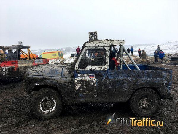 Волжанам не удалось победить в гонке на автомобилях УАЗ   CityTraffic