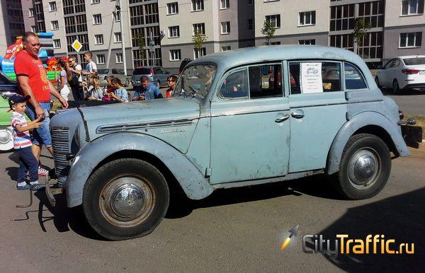 Поклонники раритетных машин в РФ получат особые номера | CityTraffic