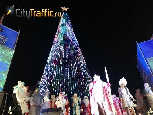 Площадь Куйбышева в Самаре ждет желающих прокатиться с горки | CityTraffic