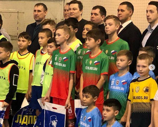 В Тольятти стартовал Всероссийский турнир по мини-футболу для детей от 6 до 14 лет   CityTraffic